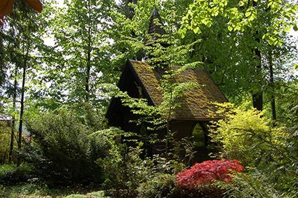 Römisch katholisch geweihte Kapelle im Wald beim Glögglhof