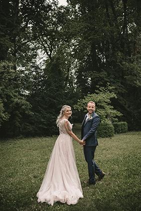 Hochzeitsfotos im Park für ganz besondere Bilder.
