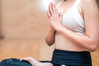 Yoga Seminare als Retreat oder Ausbildung im Seminarraum oder im Freien
